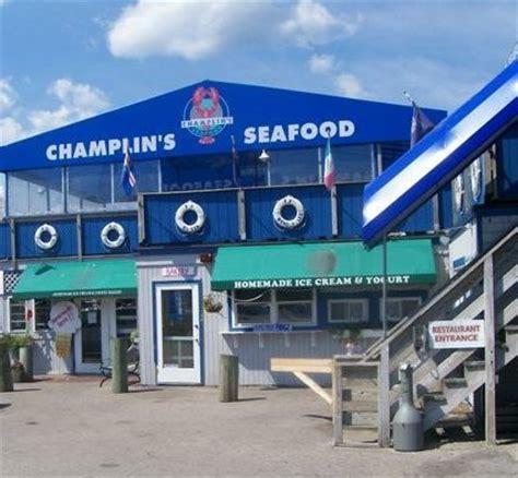 lobster boat seafood on the water 25 best narragansett rhode island ideas on pinterest