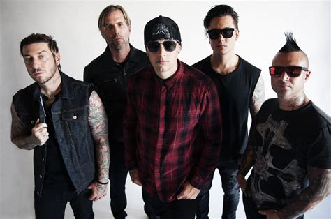Out Of This World Avenged Sevenfold Raise Their Game On Avenged Sevenfold