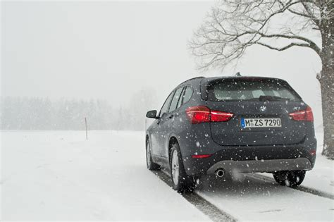 Front Wheel Drive Cars In Snow by Bmw X1 Comparing Front Wheel Drive With All Wheel Drive