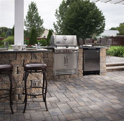 outdoor barbecue islands design ideas tips install it - How Much Does An Outdoor Kitchen Cost