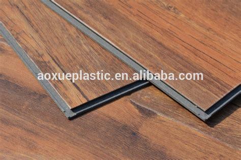 piastrelle in pvc prezzi piastrelle ad incastro plastica pvc effetto legno