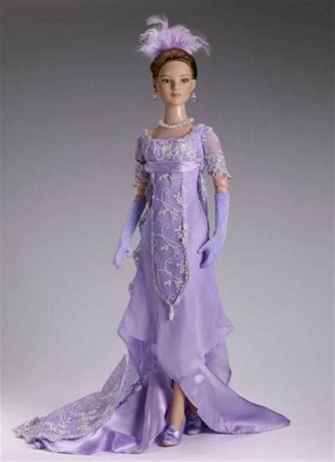 history of dolls history tonner doll mu 241 ecas trajes