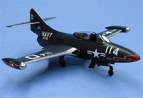 Tamiya Enamel Sea Blue Xf17 f9f 3 panther by tony bell hobbycraft 1 48