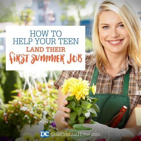 need a seasonal job 755 000 holiday jobs available now fastweb