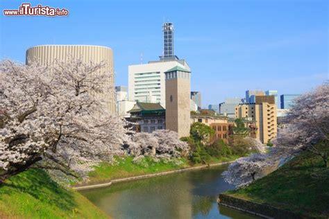 giardini imperiali tokyo i giardini imperiali si trovano in pieno foto tokyo