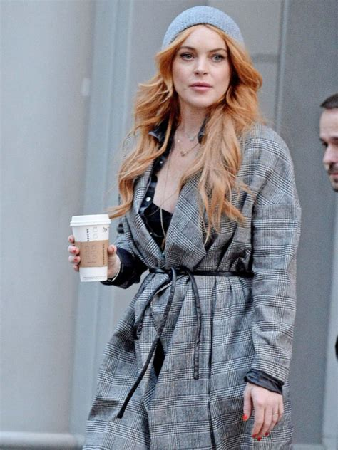 Lindsay Lohan Out by Lindsay Lohan Out N About Holding A Coffee Cup In New York