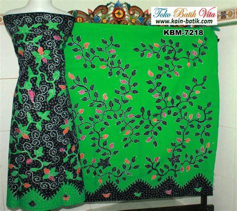Rok Batik Tulis Madura Pagi Sore batik madura pagi sore tumbuhan warna cerah kbm 7218
