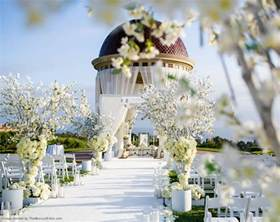 All White Decor all white wedding decoration