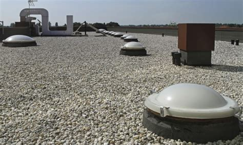 Tar Roof Repair Tips On Tar And Gravel Roof Repairs Smart Tips