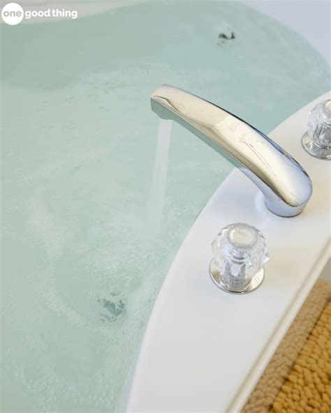 Jillee Detox Bath by This Detox Bath Is The Most Relaxing Way To Improve Your