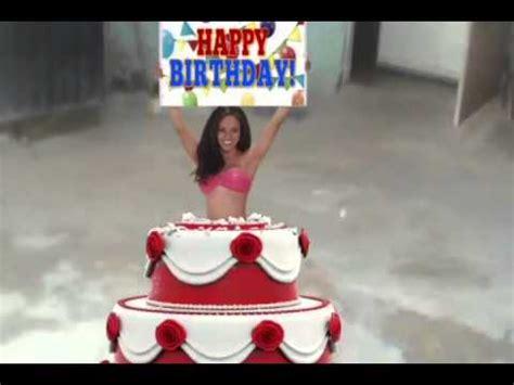 imagenes feliz cumpleaños sexis para mujeres mujer sale del pastel en mi cumplea 241 os youtube
