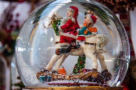 christmas decorations in italy facts in italy 50 facts about the italian season