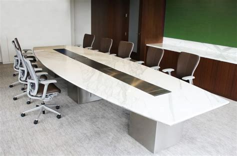 Boat Shaped Meeting Table 16 Best Images About Modern Conference Tables On Pinterest Ceiling Ls The Boat And Black