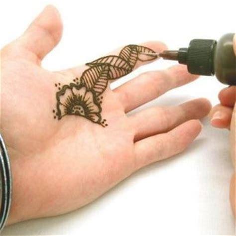 henna tattoo paste amazon beachcombers paint glue paste gel from things