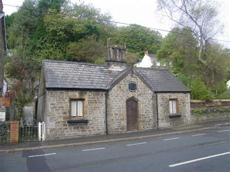 2 bedroom cottage for sale in swansea rd trebanos