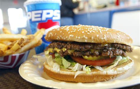 tutti gli alimenti gli effetti negativi cibo spazzatura ecco tutti gli