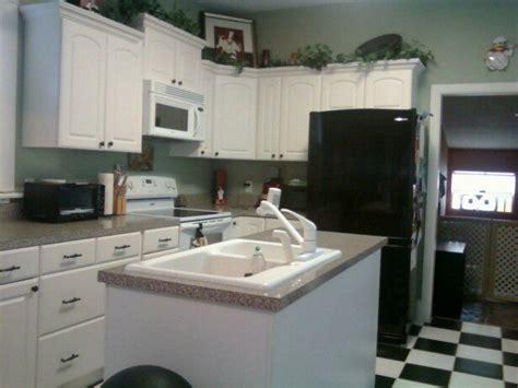 paint colors for kitchen