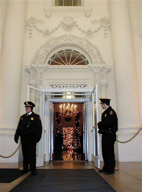 white house front door what does the president s front door look like front