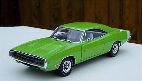 Revell Dodge Charger revell 1970 dodge charger r t 426 hemi sublime green build 2 glass model cars