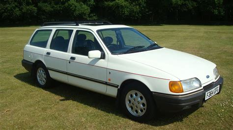Ford Sierra 2.0i Ghia Estate   Country Classics : Country