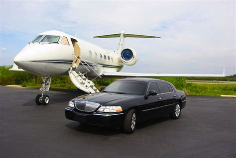 Airport Limo Service by Ground Transportation Toronto Airport Limo Charter Services