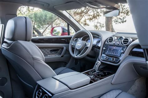 Bentley Suv Interior by New Bentley Bentayga Luxury Suv Review Pictures Auto