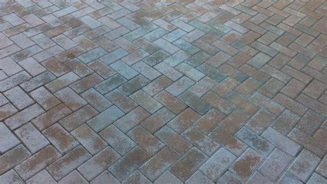 White Brick Pavers Brick Pavers Turning White Or Fading Problem Solved On