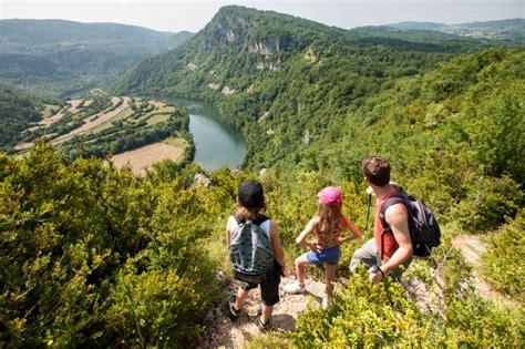 Wandelgids L Ain Du Revermont Grp Quot Tour Du Revermont Quot