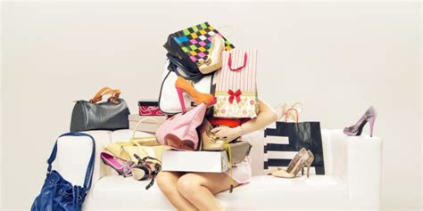 Signs Youre A Shopaholic by 5 Signs That Show You Re A Shopaholic