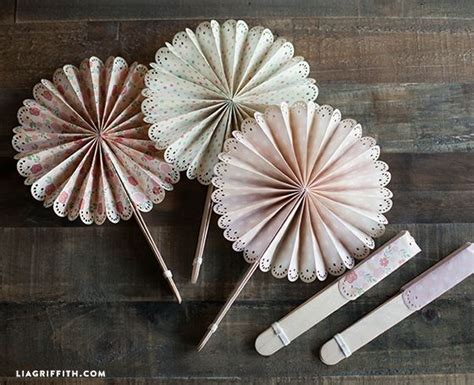 How To Make Paper Fans For Weddings - diy paper fans for your wedding or summer event wedding