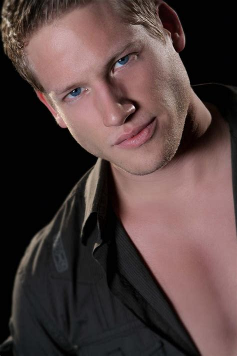 is an actor and model based in steve laurence is an actor and model based in