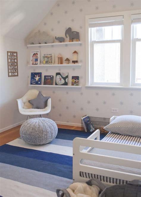 chambre enfant grise chambre d enfant grise et blanche une d 233 coration moderne
