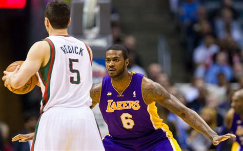 report earl clark will ask nets for the brooklyn game report knicks to sign earl clark cbssports com