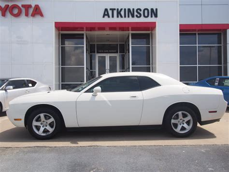 2010 white challenger 2010 white dodge challenger coupes theeagle