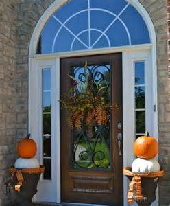 Front Door Decorating Ideas 47 And Inviting Fall Front Door D 233 Cor Ideas Digsdigs