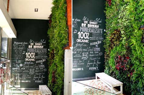 Vertical Garden Restaurant New Vertical Garden Showcases Tasty Foods Served At