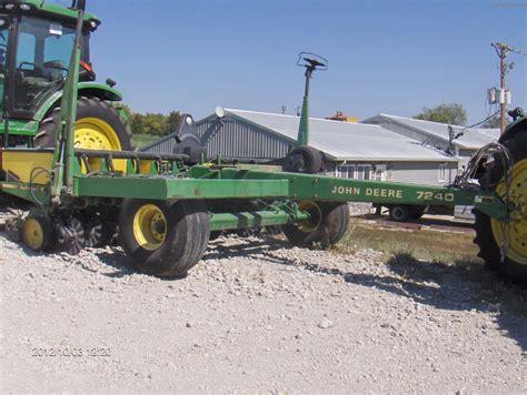 Deere 7240 Planter by Deere 7240 Planting Seeding Planters Deere