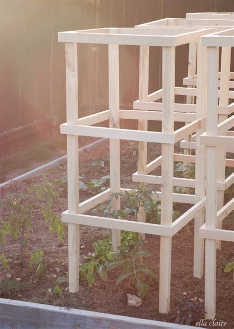 cheap easy tomato cages  diy  weekend