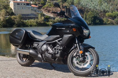 2014 Honda CTX 700 Review   Test On Tour