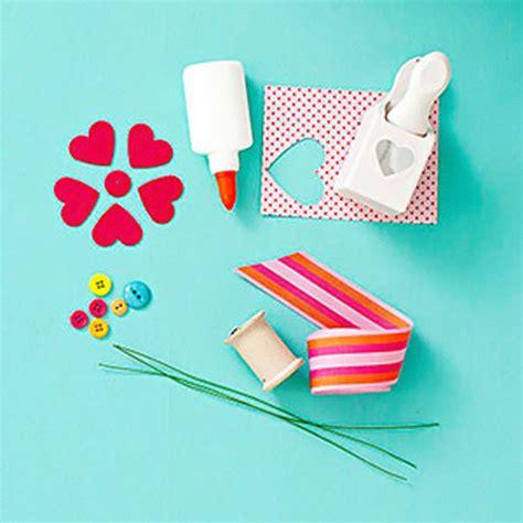 como decorar una cartulina para un proyecto como hacer flores de cartulina para decorar 171 ideas
