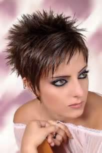 coupe de cheveux tr 232 s court femme 2014
