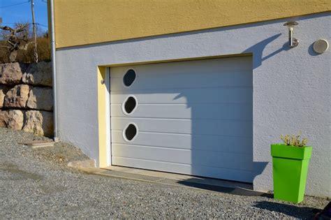 Voiture Avec Portes Latérales Coulissantes by Porte Garage Grande Largeur Porte De Garage Sectionnelle