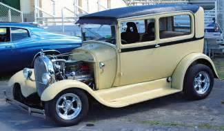 1929 Ford Sedan 1929 Ford Sedan Beige Side Angle
