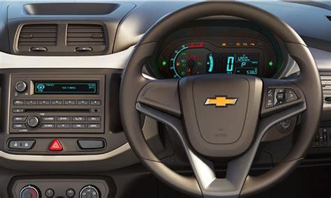 Emblem Chevrolet At 6 Untuk Spin harga chevrolet spin dan spesifikasi mei 2018