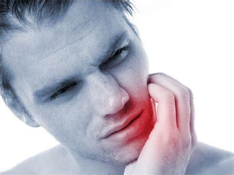 zahnschmerzen liegen zahnschmerzen eine ursachenergr 252 ndung