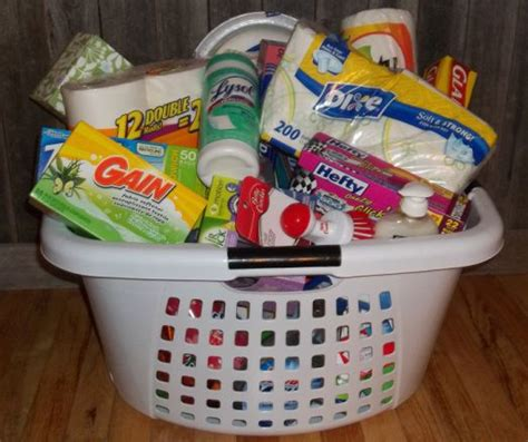 household gifts 25 best ideas about housewarming gift baskets on