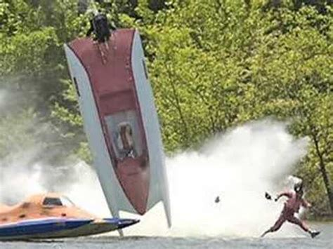 fast boat crash speed boat crash run for your life boating accident