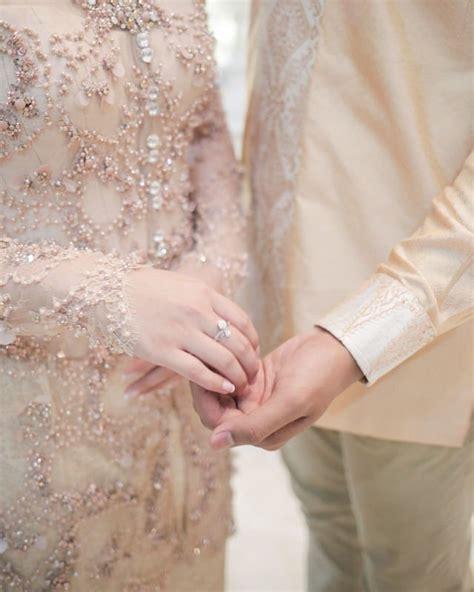 Batik Kamila Batik Pasangan lamaran serba pastel ala tasya kamila dan randi bachtiar