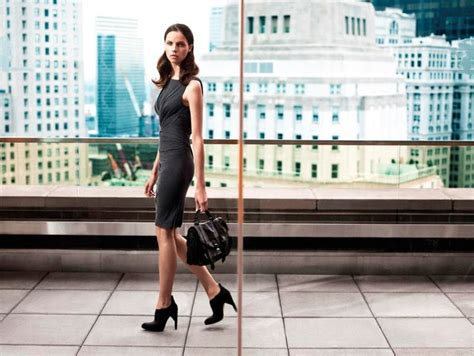 Net A Porter Mba Internship by If This Is Office Attire Get Me An Office Not Just