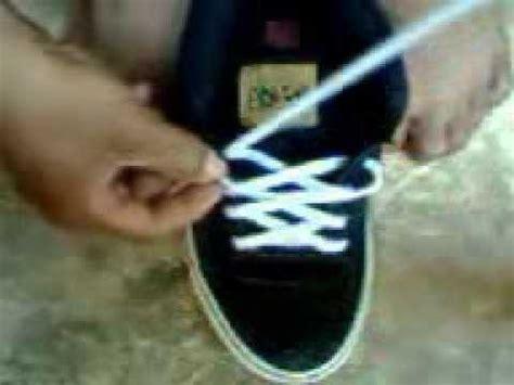 tutorial ikatan tali sepatu cara memasang tali sepatu tanpa ikatan 2013 youtube